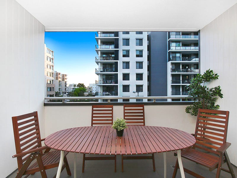 307/15 Baywater Drive, Wentworth Point, NSW 2127