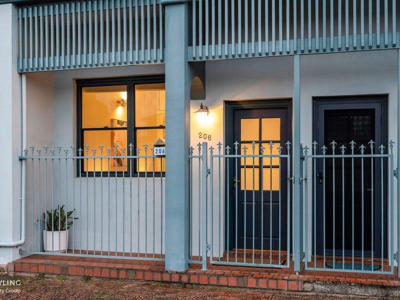 206 Lawson Street, Hamilton South, NSW 2303