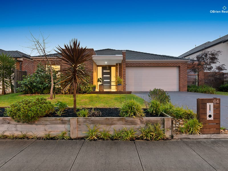 64 Mountainview Boulevard, Cranbourne North, Vic 3977