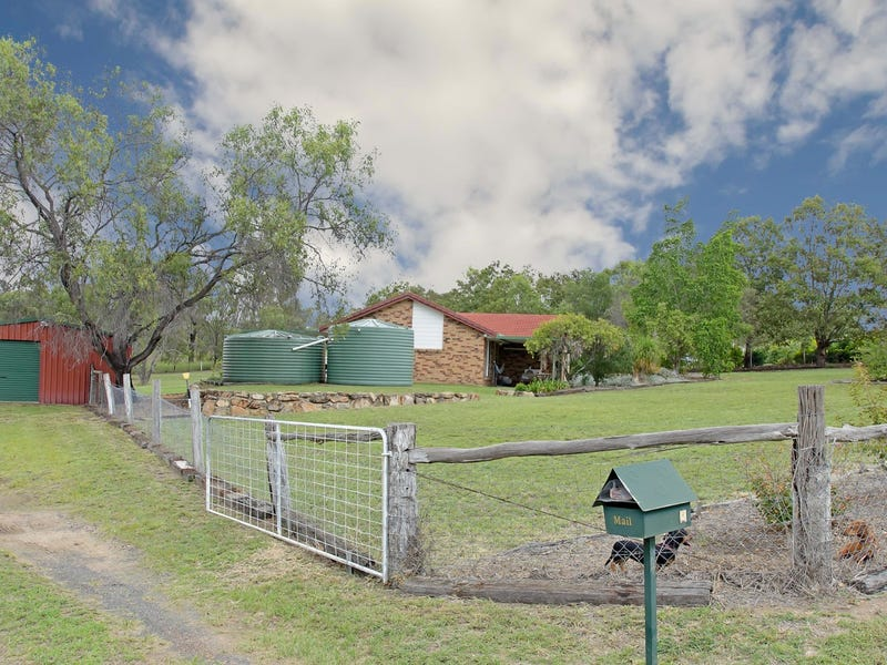 8 Mountain View Drive, Plainland, Qld 4341