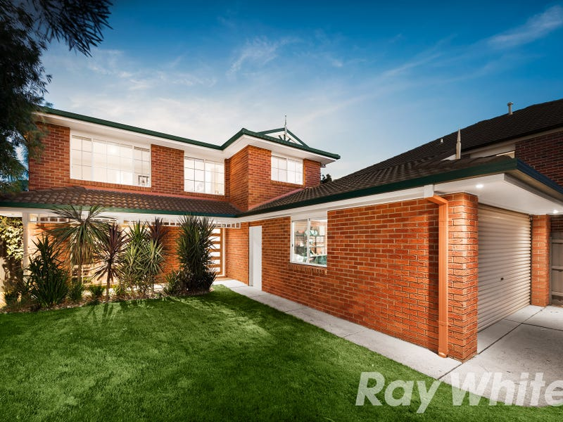 18 Garland Rise, Rowville, Vic 3178
