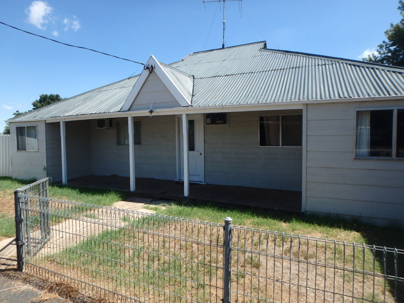 19 Second Street, Quandialla, NSW 2721