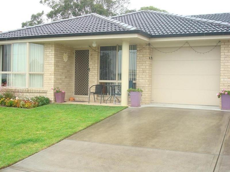2/120 Anderson Drive, Tarro, NSW 2322