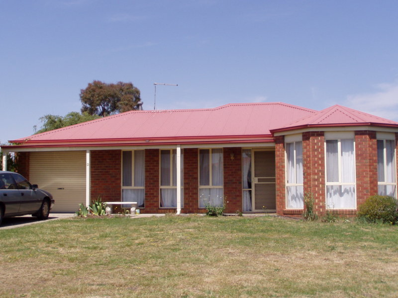 13 Castle Court, Ballarat East, Vic 3350
