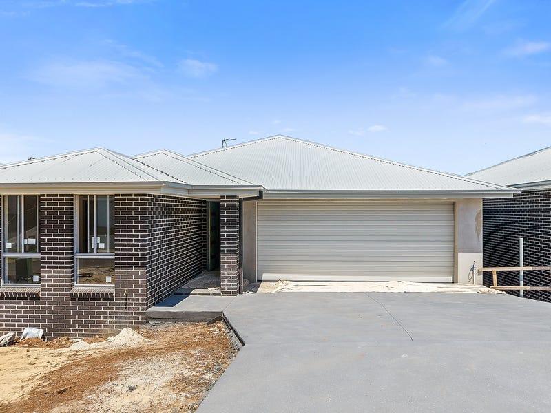 74 Rosemont Circuit, Flinders, NSW 2529