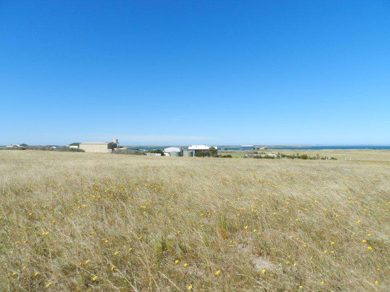 9 Lucy Way Perlubie, Streaky Bay, SA 5680