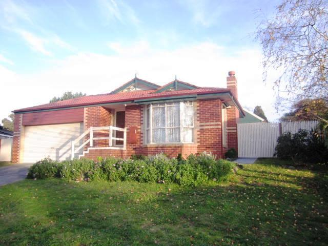 25 Fairlawn Place, Bayswater