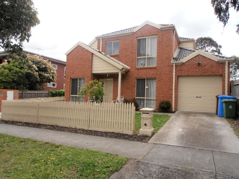 1/14 Close Avenue, Dandenong, Vic 3175