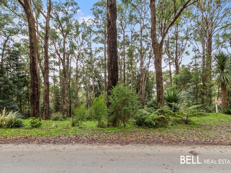 29 Seaview Road, Cockatoo, Vic 3781