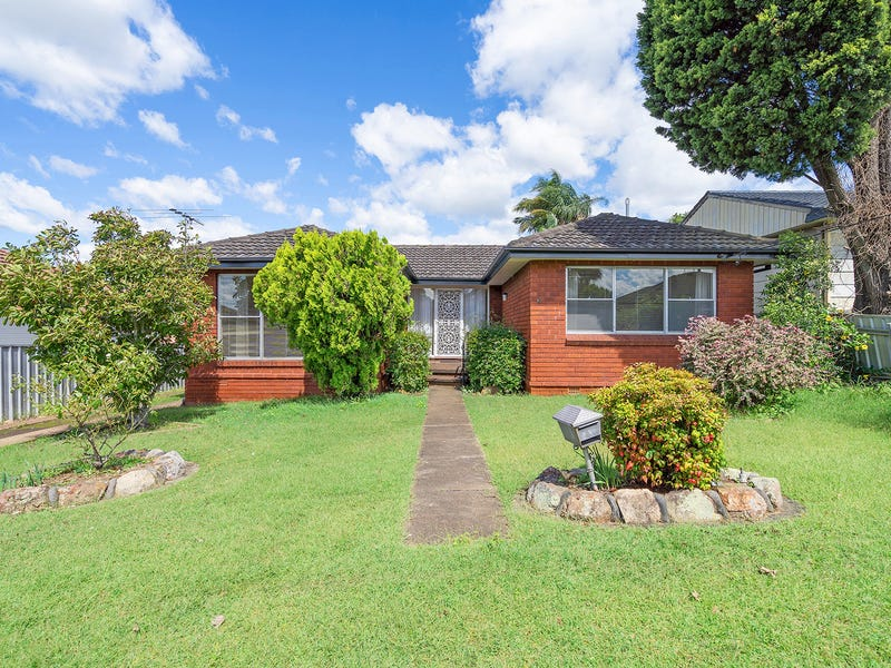 10 Crisp Avenue, Rutherford, NSW 2320