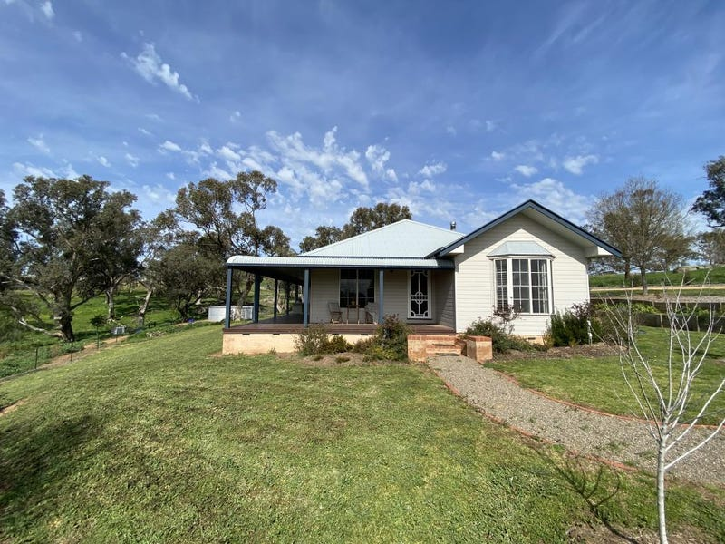 88 Burrows Road, Burrangong, NSW 2594