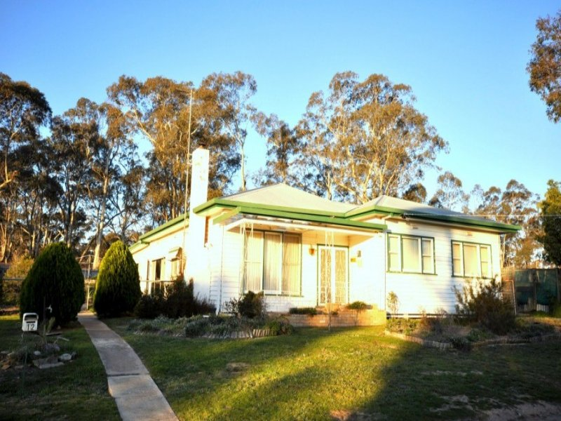12 Havelock Street, Dunolly, Vic 3472