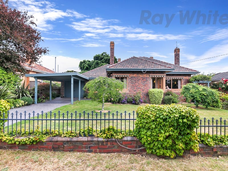 11 Brawn Avenue, Lake Wendouree, Vic 3350