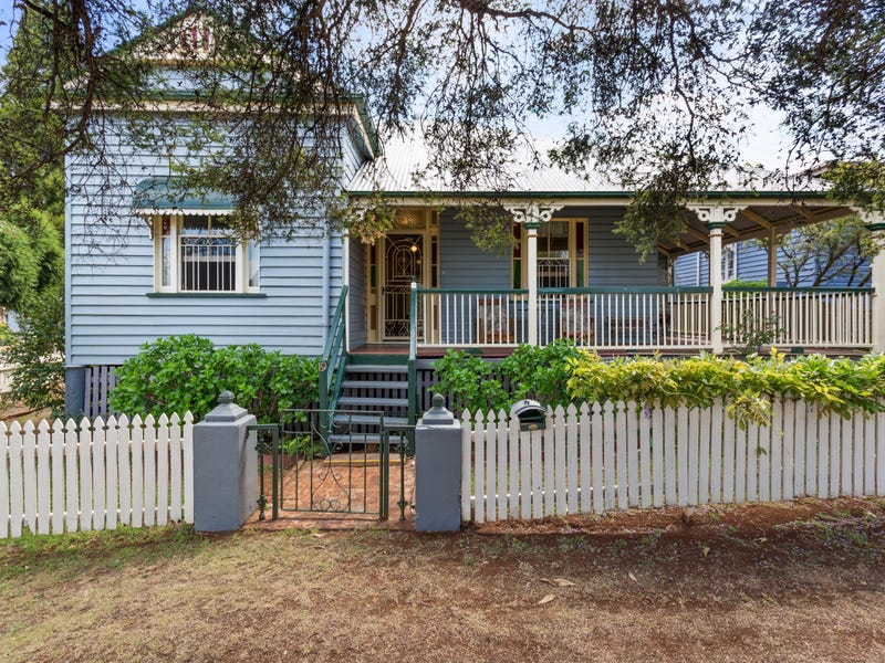 19 Somme Street, North Toowoomba, Qld 4350