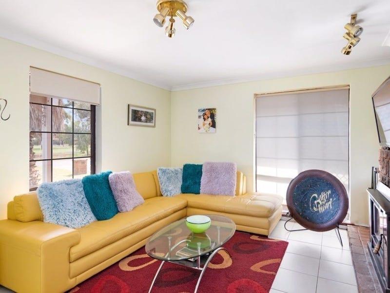 15 Bennetts Place, Hannans, WA 6430