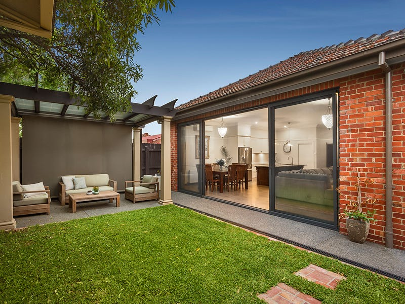 4 Royal Parade, Pascoe Vale South, Vic 3044