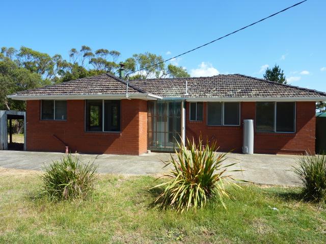 120 Bicheno Street, Clifton Beach, Tas 7020
