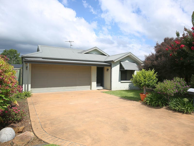 7 Antill St, Thirlmere, NSW 2572