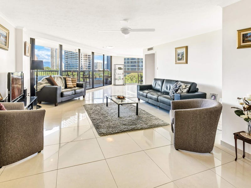 33 The Nelson/5 Admiralty Drive, Paradise Waters