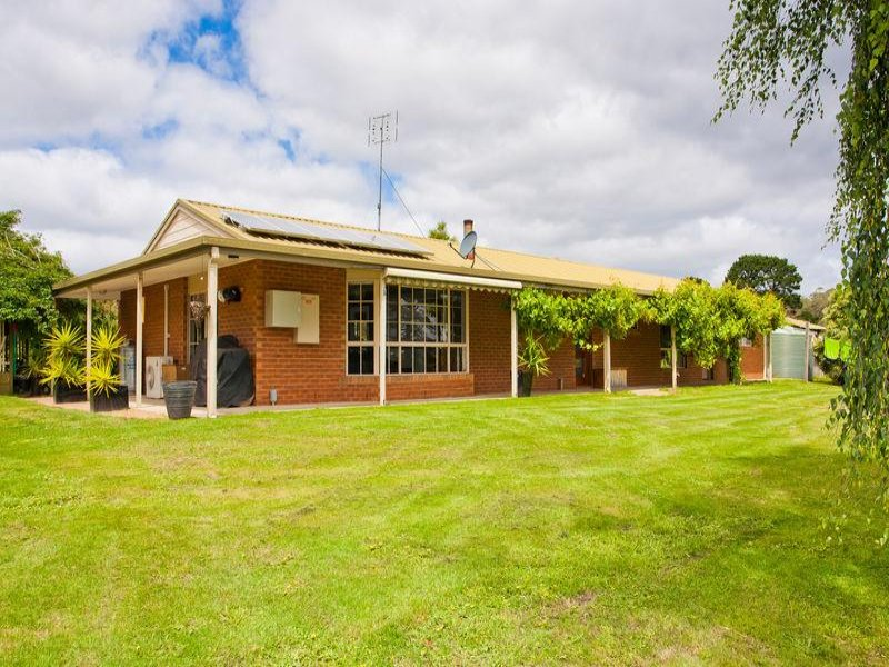 2 Yaugher Road, Forrest, Vic 3236