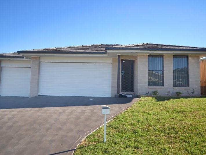 1/3 Howell Avenue, Port Macquarie, NSW 2444