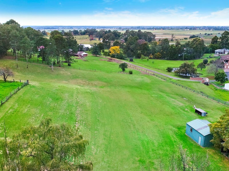 2 Gorricks Lane, Freemans Reach, NSW 2756