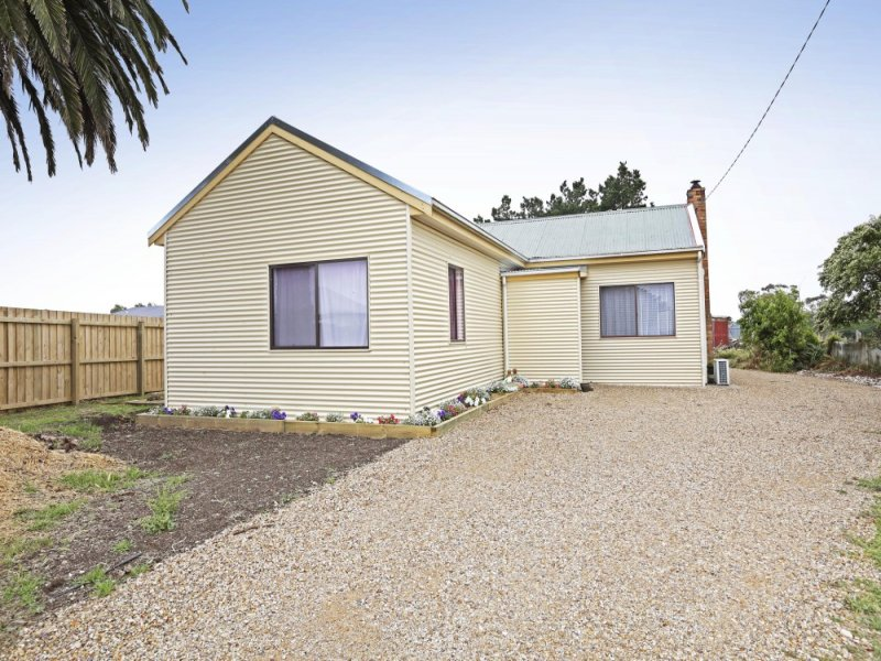 802 Corangamite Lake Road, Coragulac, Vic 3249