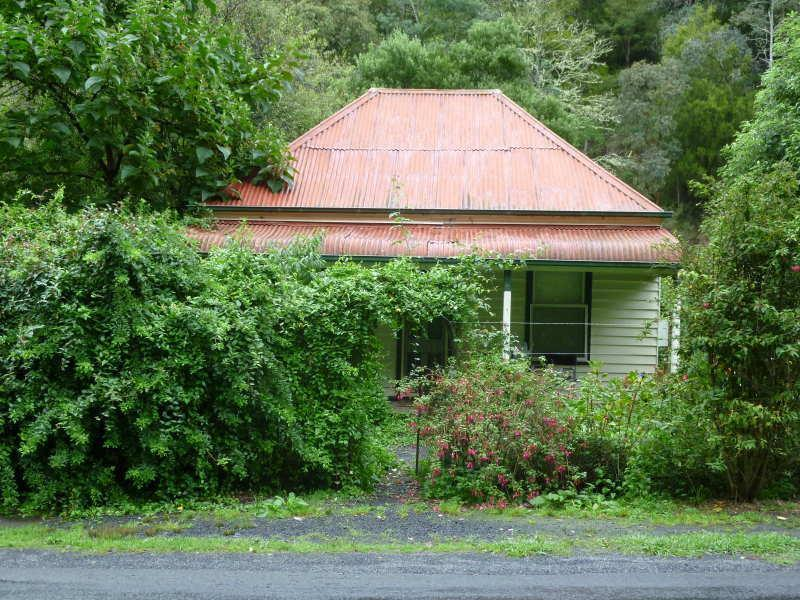 1 Katinka Cottage Main Road, Walhalla, Vic 3825