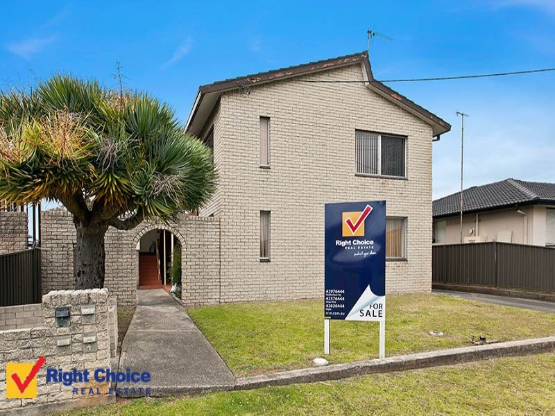2/4 Gipps Crescent, Barrack Heights, NSW 2528