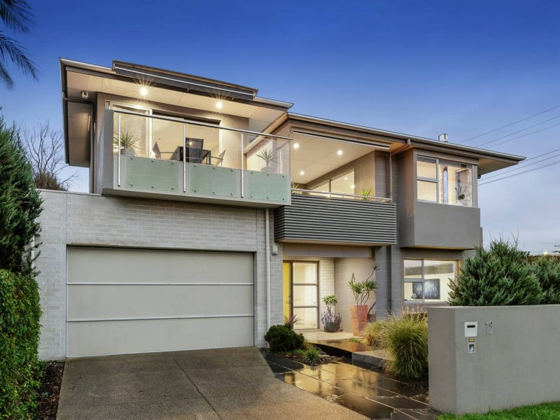 19 Northcote Terrace, Mornington, Vic 3931