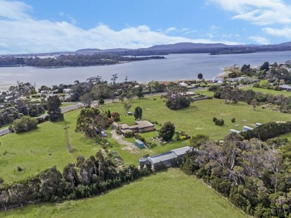 13 West Arm Road, Beauty Point, Tas 7270