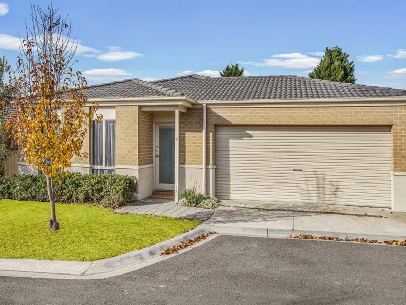 Unit 17/5 Eden Place, Wallan, Vic 3756