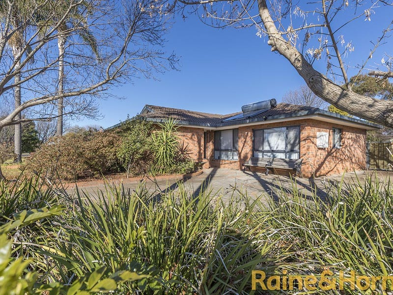 26 Cormorant Crescent, Dubbo, NSW 2830