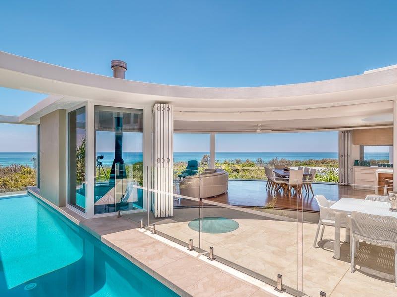 25 noosa dunes court castaways beach qld 4567 house. Black Bedroom Furniture Sets. Home Design Ideas
