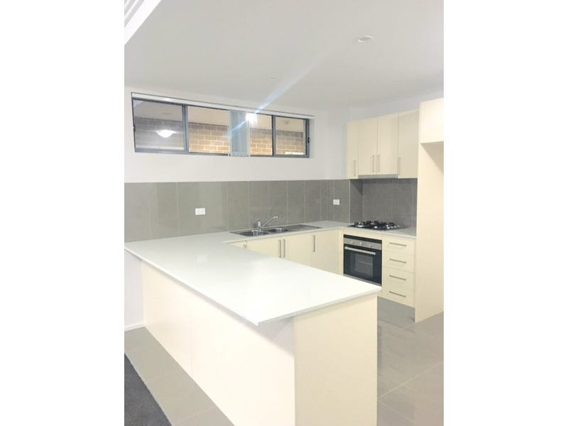 11/2 Belinda place, Mays Hill, NSW 2145