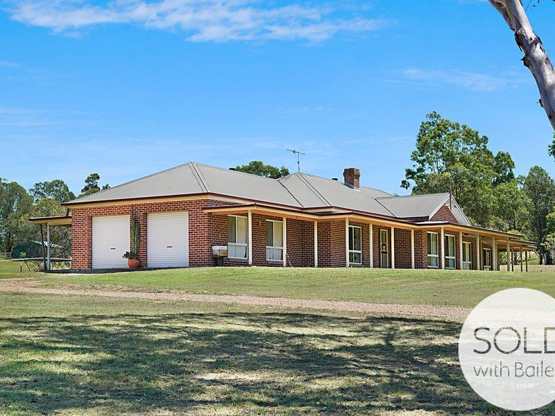 4 Governor Martin Close, Singleton, NSW 2330