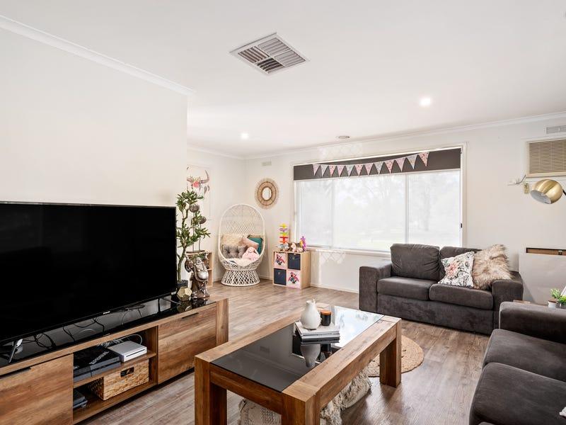 13  Table Top Court, Thurgoona, NSW 2640