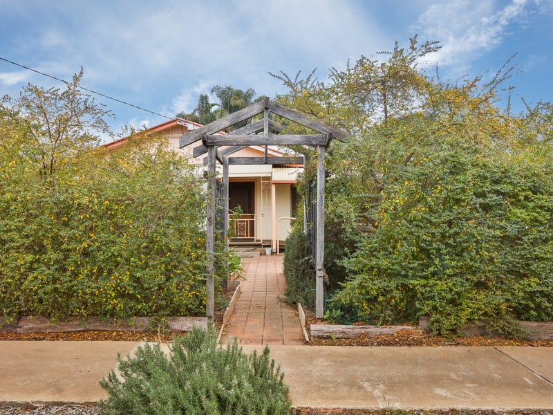 9 CLEARY AVENUE, Mildura, Vic 3500