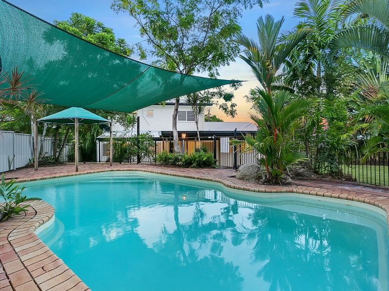 11 Shannon Drive, Woree, Qld 4868