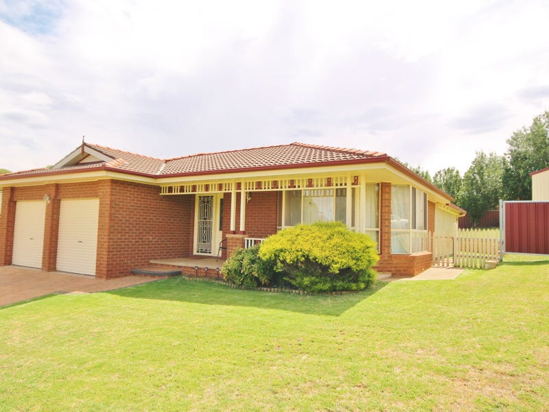 26 Jim Anderson Avenue, Young, NSW 2594