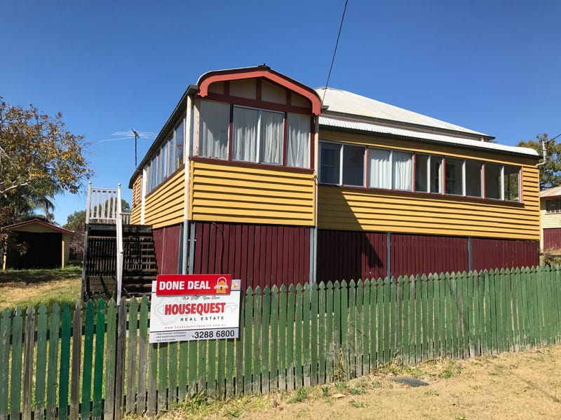 6 Woodford St, One Mile
