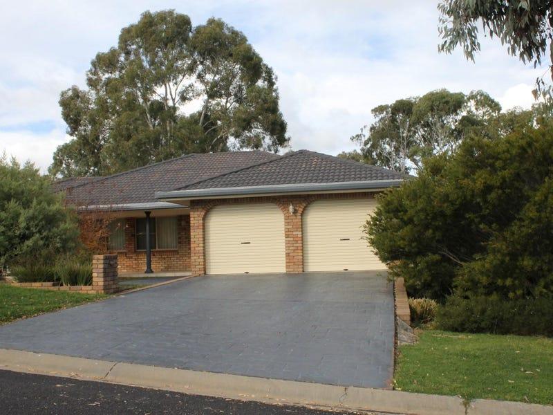 2 Eulahbar Crescent, Armidale, NSW 2350