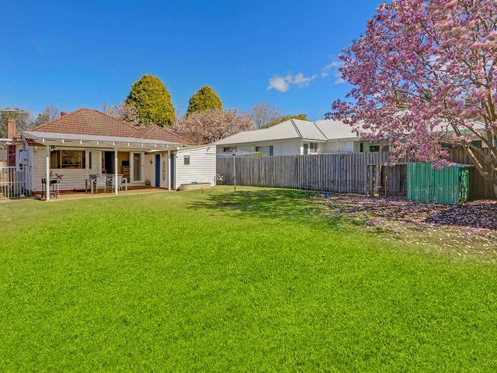 5 Berowra Road, Mount Colah, NSW 2079