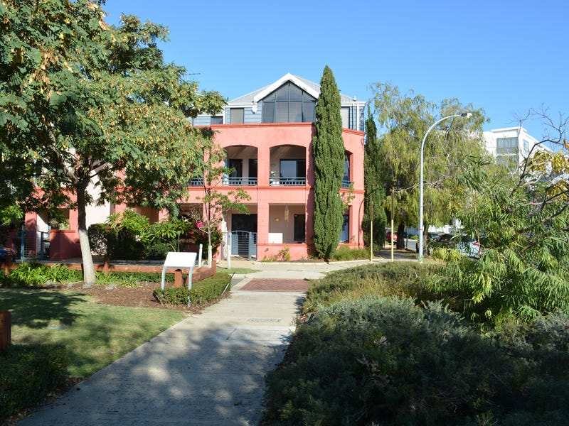 1/15 Feeney Street, North Fremantle, WA 6159