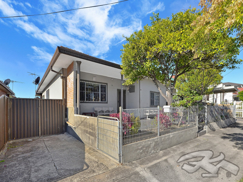 18 shakespeare, Campsie, NSW 2194