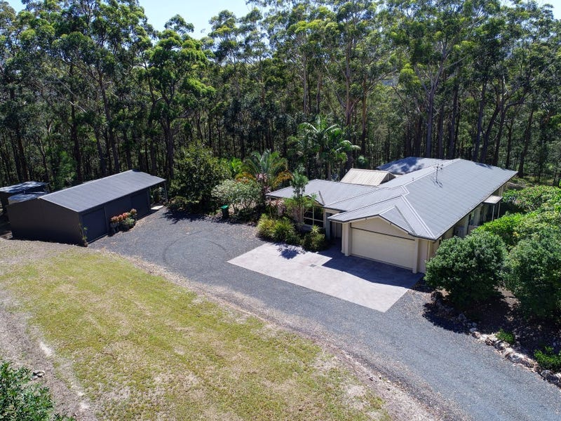 81 Paradise Drive, Smiths Lake, NSW 2428