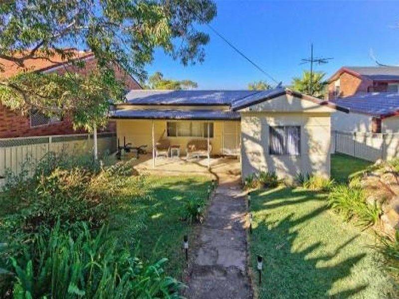 50 Promenade Avenue, Bateau Bay, NSW 2261