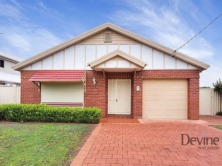 7 Freeman Place, Concord, NSW 2137