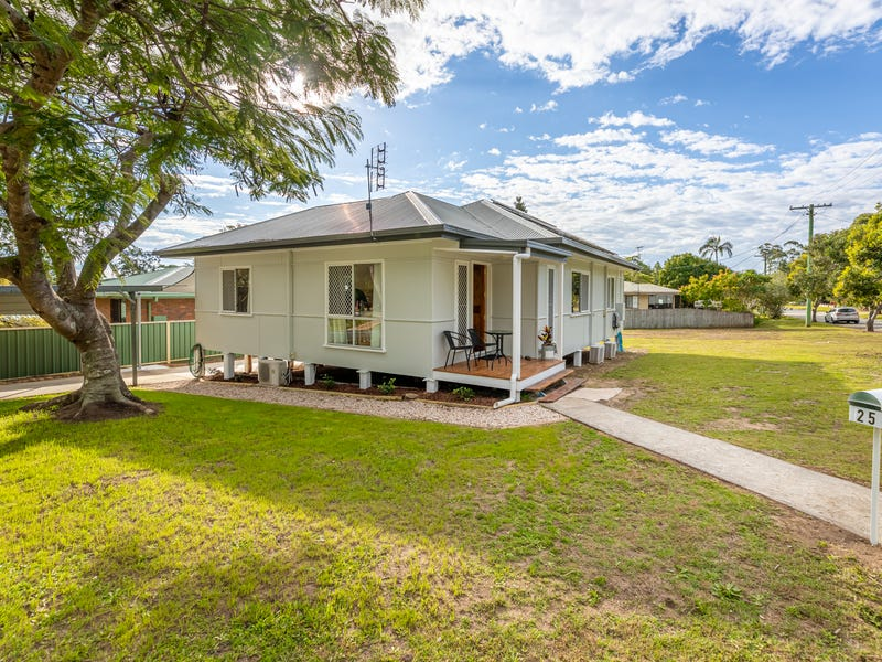 25 PETERSON ROAD, Woodford, Qld 4514