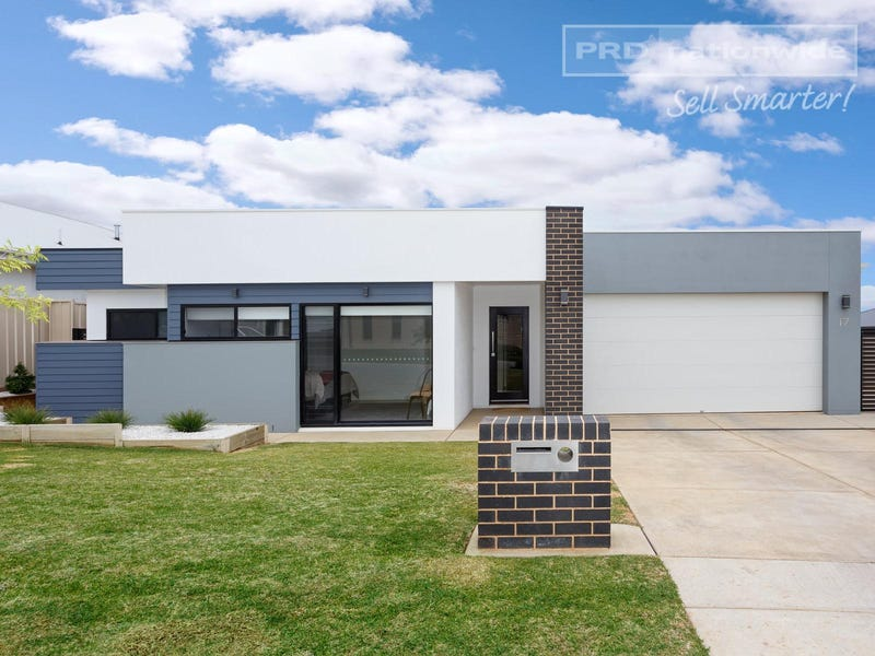 17 Barmedman Ave, Gobbagombalin, NSW 2650